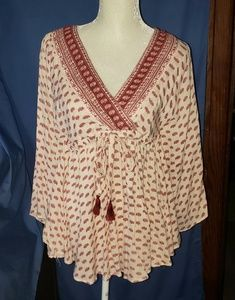 """Angie """" Boho"""" style top. Flowy & comfortable."""